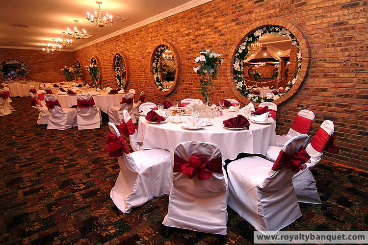 Beautifully Decorated Interior For Your Wedding Reception In Royalty East Banquet Hall Chicago